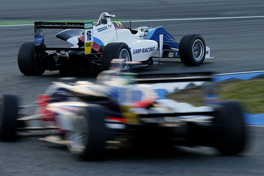 Никита Троицкии_автомобиль 16_SMP Racing.jpg