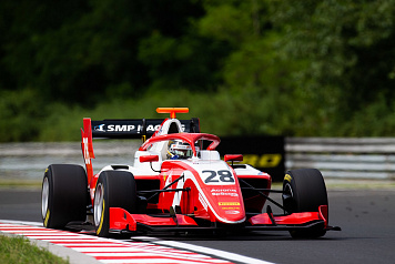 Robert Shwartzman keeps the points lead after the fifth round of FIA Formula 3