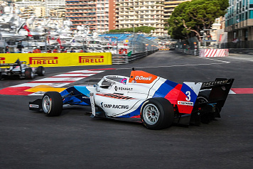 Alexander Smolyar takes pole position in the Formula Renault Eurocup qualifying session at Monaco