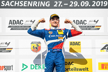 Michael Belov took part in the final ADAC Formula 4 round