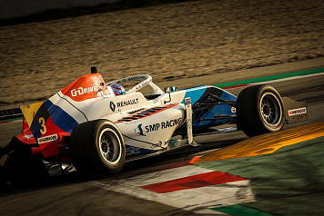 Alexander Smolyar took fifth place in Race 2 of the Spanish Formula Eurocup round