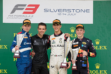Robert Schwartzman earned the silver medal of the FIA Formula 3 race at Silverstone